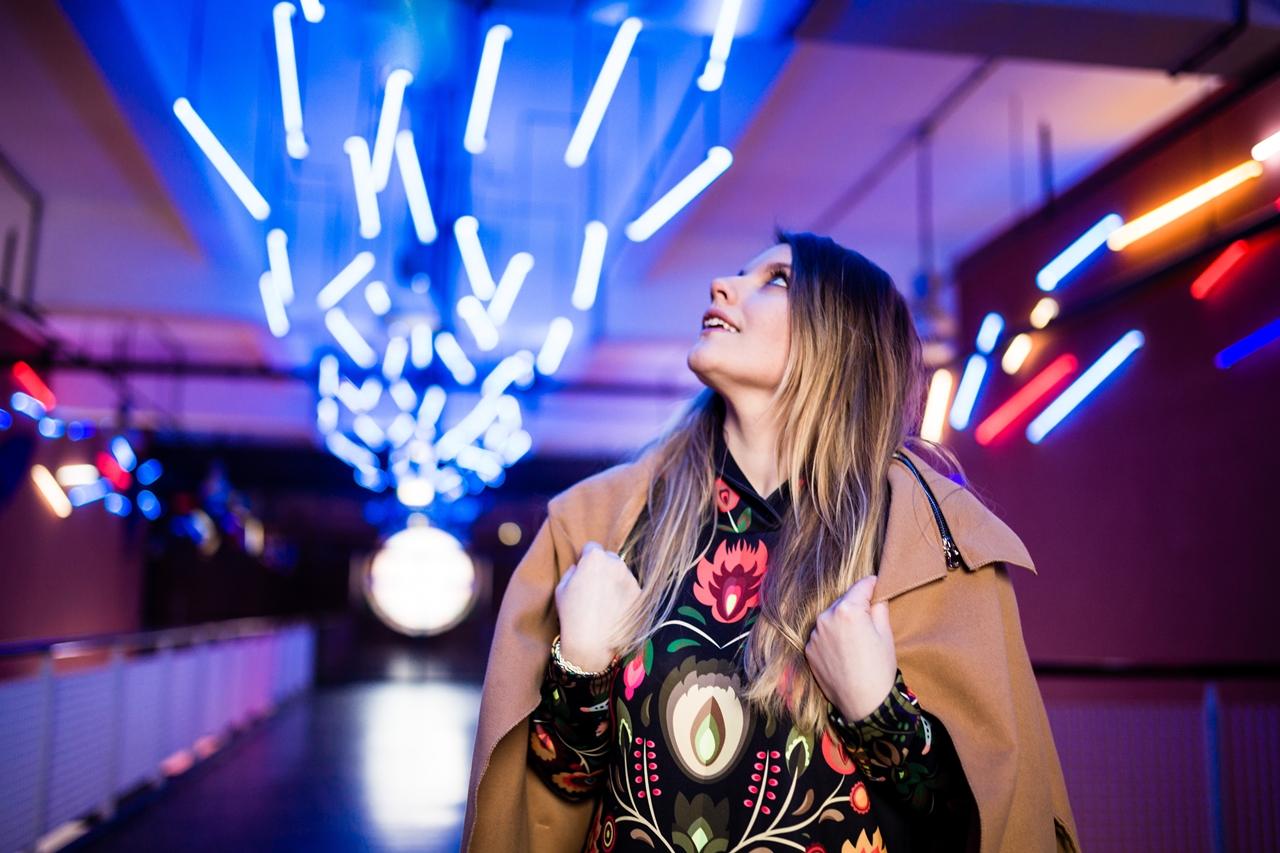 6 folk by koko recenzje opinie jakość sukienka bluza z motywem łowickim kodra folkowe ubrania motywy eleganckie folkowe dodatki kodra łowicka góralskie róże stylizacja polska blogerka łódź moda melodylaniella