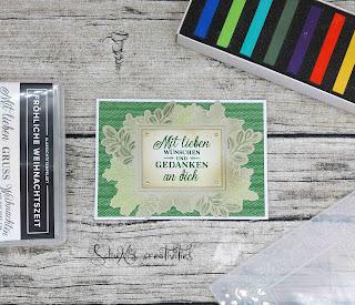 Farben: Gartengrün Stempel: Fröhliche Weihnachtszeit Werkzeug: blending Pinsel, Patellkreiden, Stanzmaschine