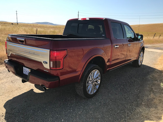 Rear 3/4 view of 2019 Ford F-150 4X4 SuperCrew Limited