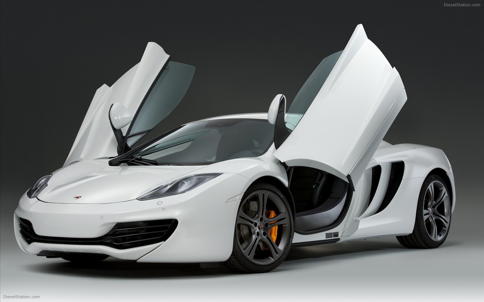 les voitures sport mclaren mp4 12c. Black Bedroom Furniture Sets. Home Design Ideas