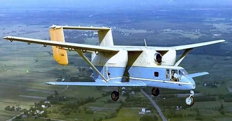 PZL M-15 Belphegor ilaçlama uçağı olarak tasarlandı ama yeterince başarılı olamadı.