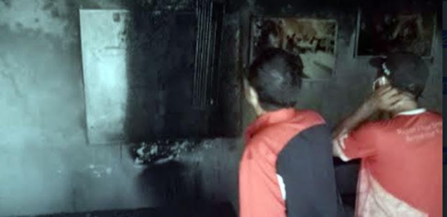 Press Room DPRD Makassar Terbakar