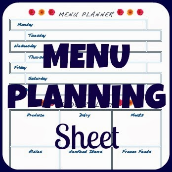 Meal Planning and grocery shopping free printable: Arranged by day of the week and by aisle of the grocery store. After shopping, tear off the grocery list section so that you can start using the list section of the page beneath while still viewing your meals for this week.