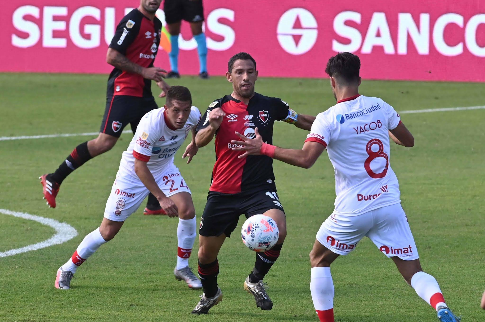 Newell's y Huracán, un empate entretenido en Rosario