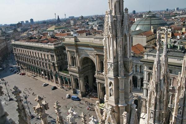 Vista da Piazza Duomo em Milão
