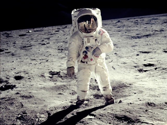 Ufologia, NASA, Viagem a  Lua, Extraterrestres