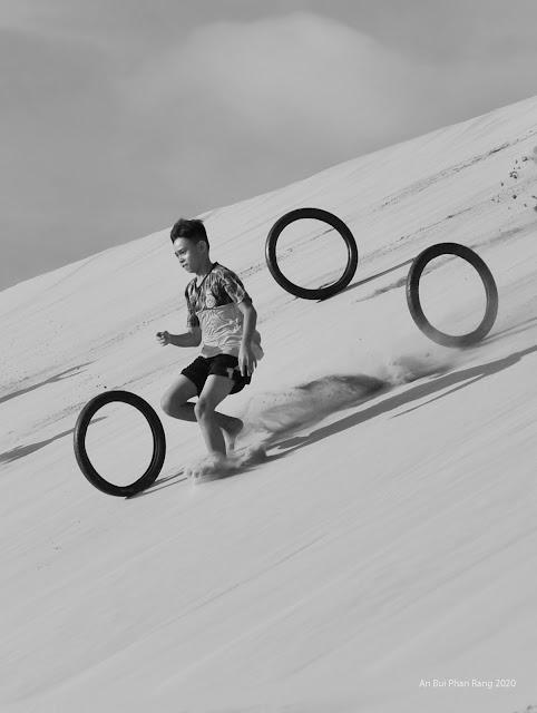 3 wheels on the race