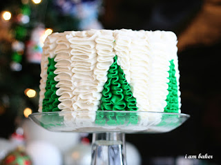 image christmas tree cake ruffle green white