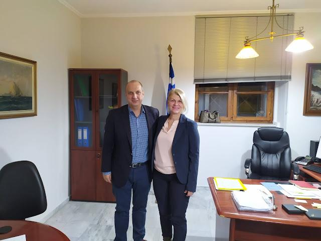 Συνάντηση του βουλευτή Φθιώτιδας της Νέας δημοκρατίας κ. Οικονόμου, με τη Δήμαρχο Στυλίδας κα Στεργίου