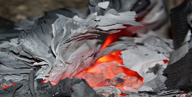 Perubahan Sifat Benda Dengan Pembakaran