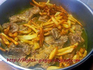 Χοιρινό ψητό της κατσαρόλας με μελωμένες πατάτες - από «Τα φαγητά της γιαγιάς»