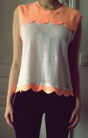 http://www.videdressing.com/tops-tee-shirts/claudie-pierlot/p-2929347.html