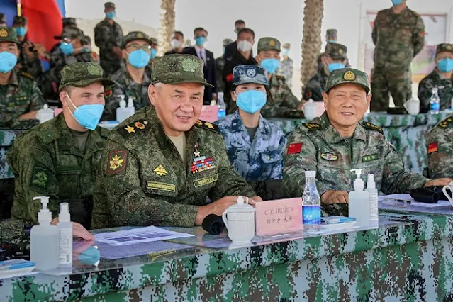 Latihan dengan Militer China Dapat Pujian Menhan Rusia