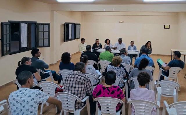 Fuerteventura.- Grupo de Gobierno de Puerto del Rosario  se reúne con los vecinos de La Asomada y La Matilla