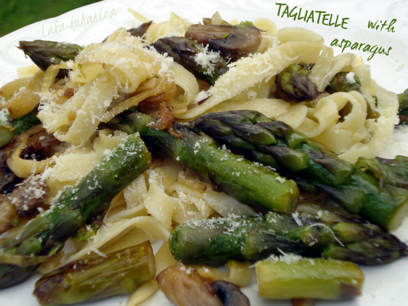 Tagliatelle with asparagus by Laka kuharica: simple, easy and quick  dish.