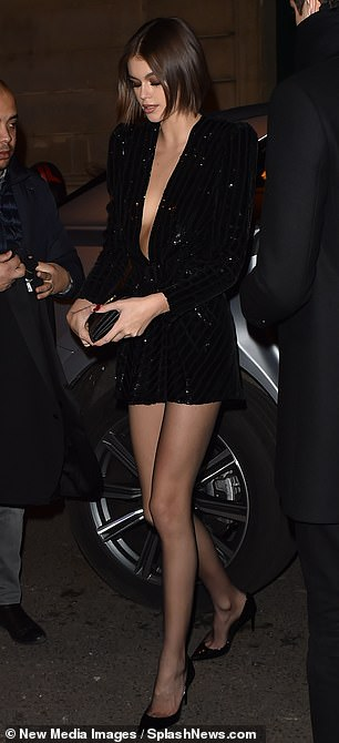 Kaia Gerber hot photos in seductive party dress