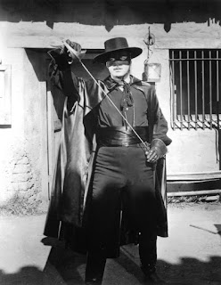 Guy Williams as Zorro (circa late 50s/early 60s). Image source: http://www.meredy.com