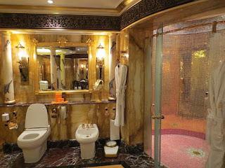 Tampil Hotel Mewah Burj Al Arab di Dubai - 3