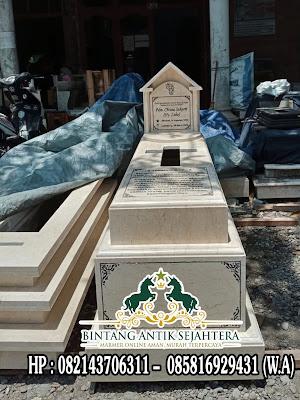 Makam Kuburan Batu Marmer