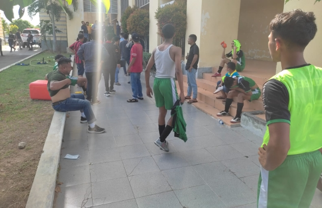 Laga Futsal Grup D Antara Bener Meriah Dengan Banda Aceh Berakhir Ricuh