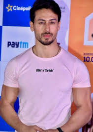 Tiger Shroff Biography:Height,Weight,Family and Girlfriend