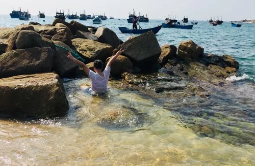 An Hai fishing village, a little-known relaxing place in Phu Yen