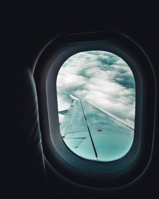 رمزية نافذة طائرة للتصميم بدون حقوق العدد 5