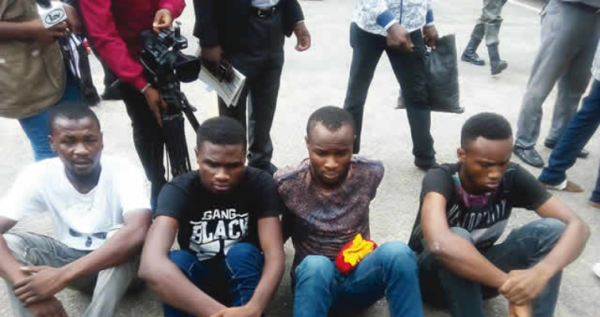 mr-2kays-robbery-burna-boys-road-manager-paraded-police