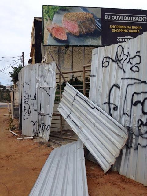 Casarão da antiga Chaves na Rua da Paciência virou abrigo de marginais