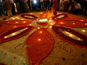 Easy Diwali Decoration Ideas for Decorating Home to Celebrate Diwali