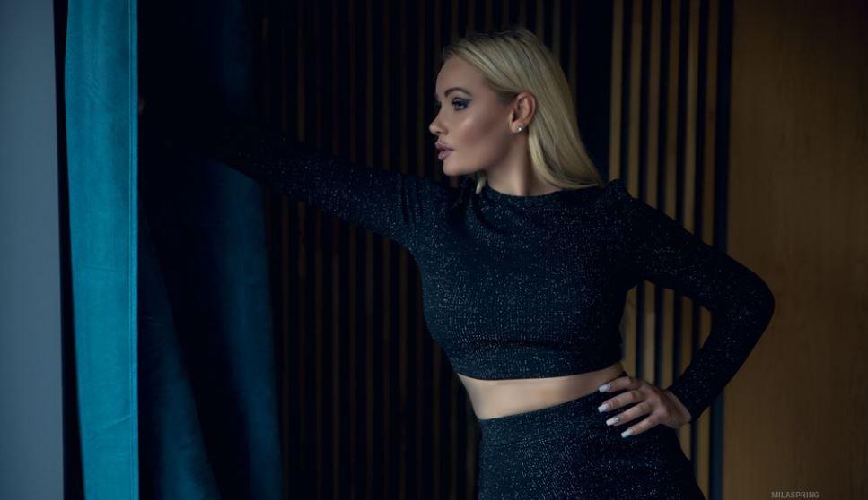 MilaSpring Model GlamourCams