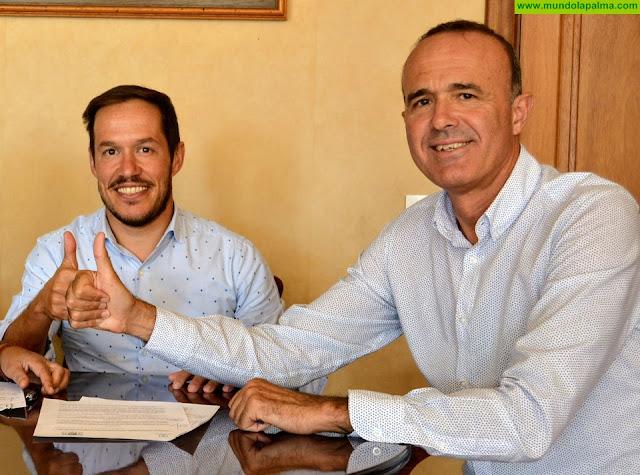 El Cabildo recupera el apoyo al fútbol palmero y suscribe un convenio con la federación para el desarrollo de la liga interinsular