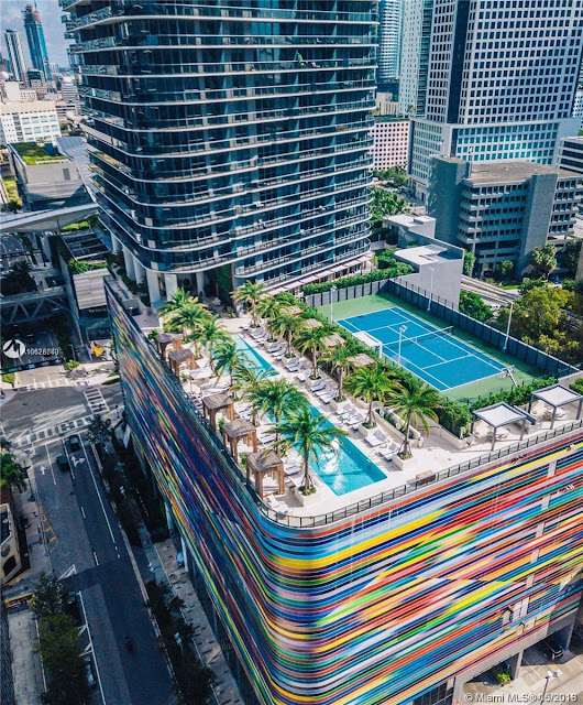 Image Attribute: SLS Lux Brickell, Miami / Source: Miami MLS