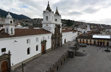 Ecuador, Escuela Quiteña, Iglesia de San Francisco, Quito, compras en quito, que ver en quito, que hacer en quito, quito ecuador, visitar quito,
