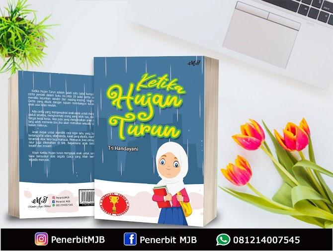 Review Buku Ketika Hujan Turun