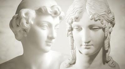 Estátuas gregas que representam personagens da Ilíada - Divulgação