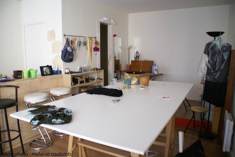 table de coupe nouveau site web http latelierdacote. Black Bedroom Furniture Sets. Home Design Ideas
