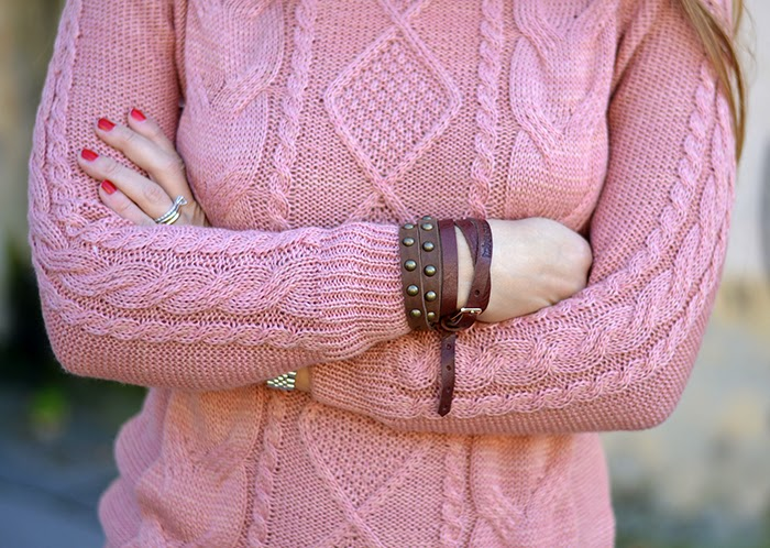 Favorito Maglione rosa e anfibi a fiori HC33