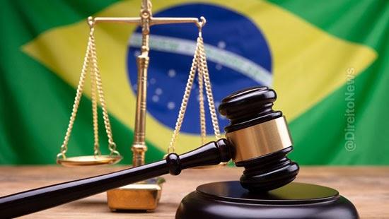 perfil egresso cursos direito brasil queremos