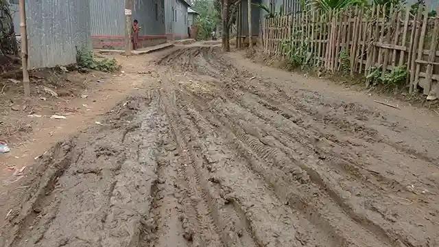 রৌমারীতে নির্মাণ কাজ শেষ না করে বিল উত্তোলন