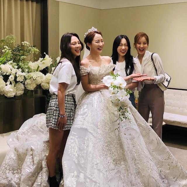 Hyoyeon, Taeyeon and Seohyun at Sunday's Wedding