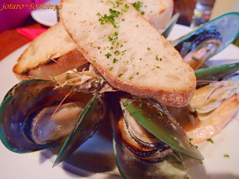 Footsteps Jotaro S Travels Yummy Green Lipped Mussels Reef Seafood Restaurant Dunedin