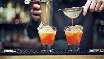 Nghề Bartender có trải nghiệm tuyệt vời