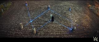 Logo de Alan Walker en la canción On My Way marcado con láseres