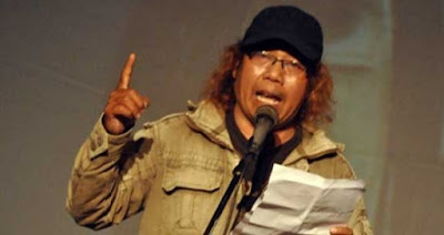 Puisi: Sudah Lama Aku Mendinginkan Dada