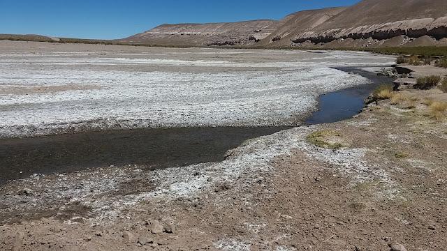 Die Flüsse in unsere Region trocknen mehr und mehr aus. Es fehlt am Trinkwasser.