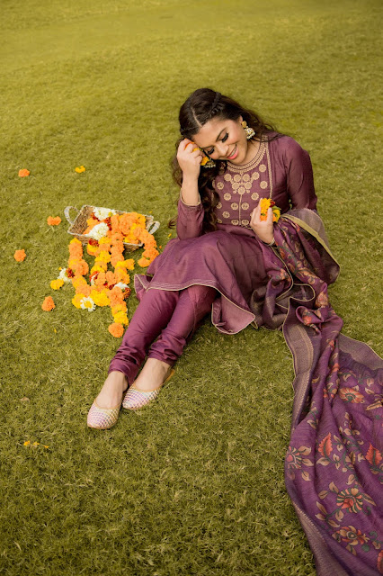 haldi, mehndhi, snageet, fashion, outfit, indian outfit, wedding, pooja mittal, great insian wedding, 2021 fashion trends