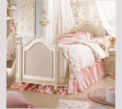 Girly Vintage Pink Bed Vintage Bedroom Ideas On A Budget Pic 009