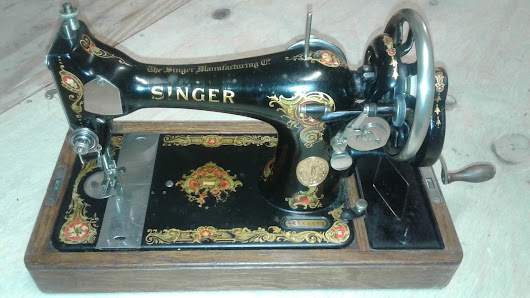 1928 Singer 128K and Dürkopp surprise box