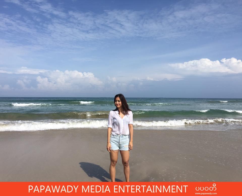 Lu Lu Aung Shows Off Her Fasion Beauty in Bikini Swimsuit At Chaung Thar Beach
